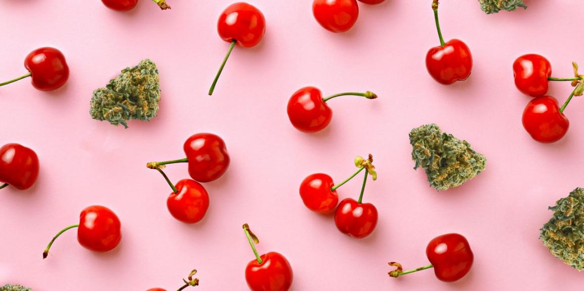 Top 5 Cannabis Strains with a Fruity Flavor